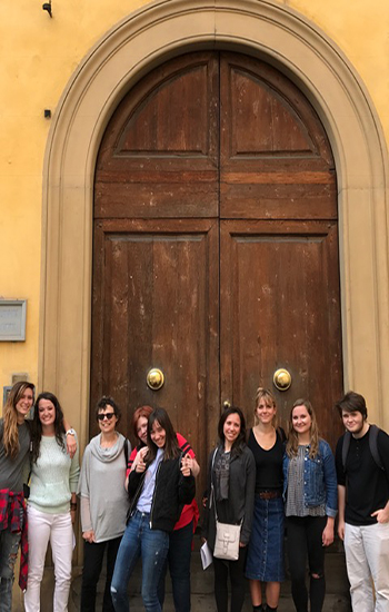 Students in front of residence in Cortona